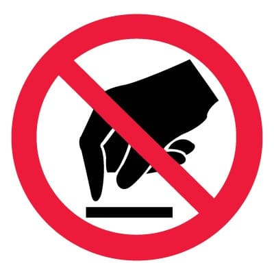 P08 Запрещается прикасаться. Опасно.